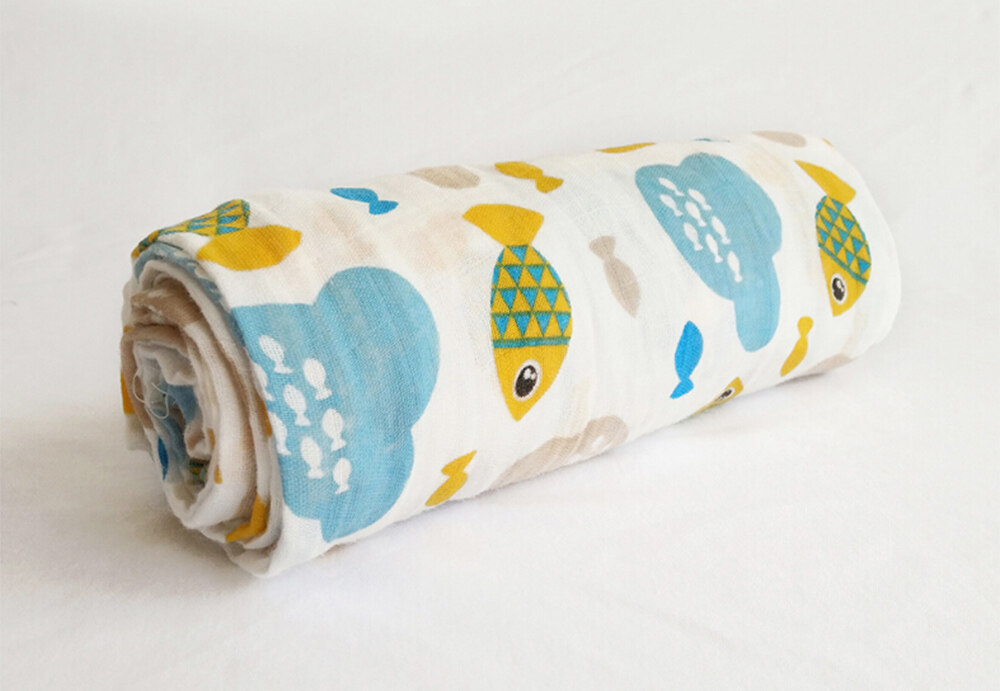 100% cotton muslin swaddle blanket Fish
