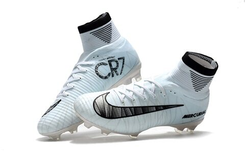 new styles 85c3d 3cea6 cr7 cleats