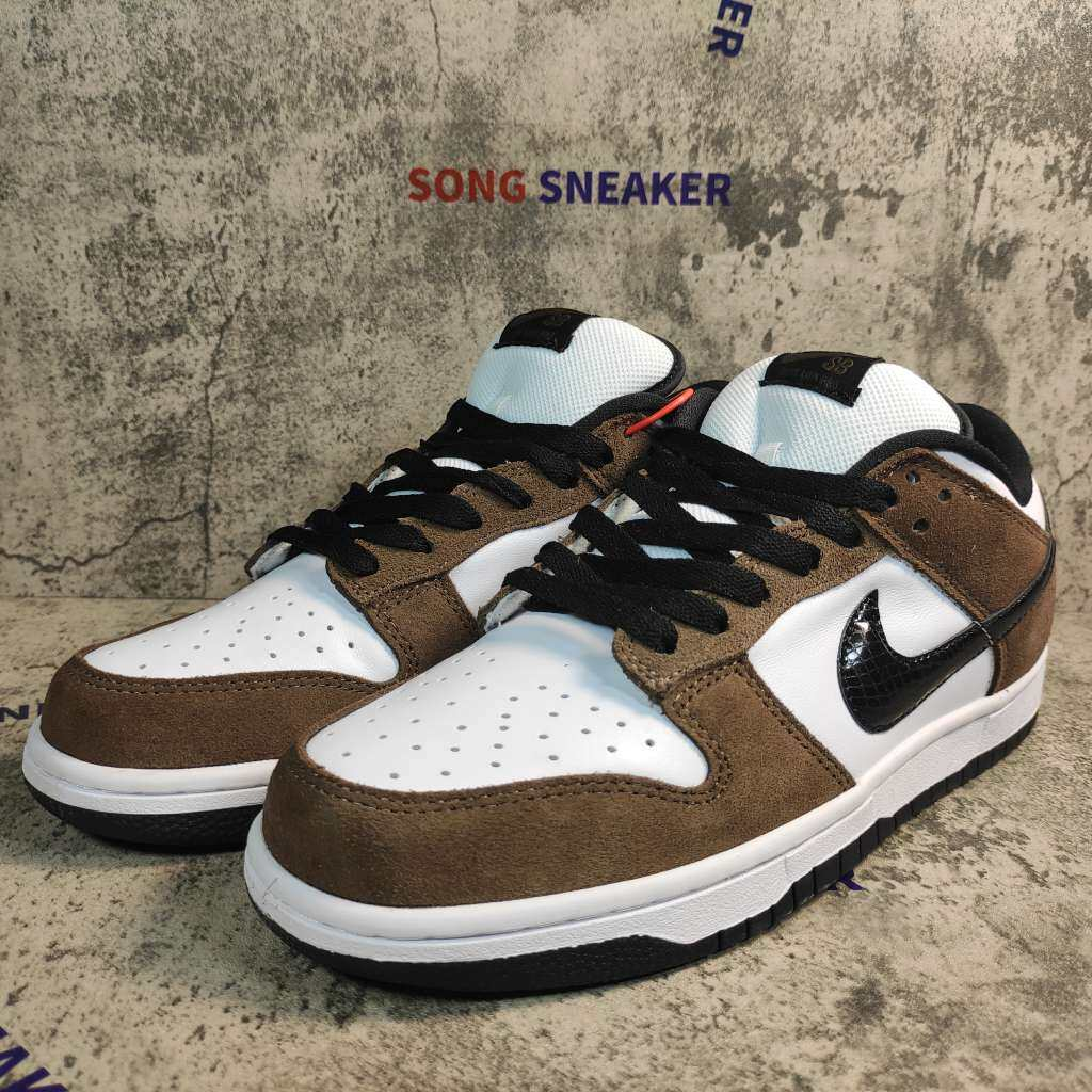 Nike SB Dunk Low White Black Trail End Brown