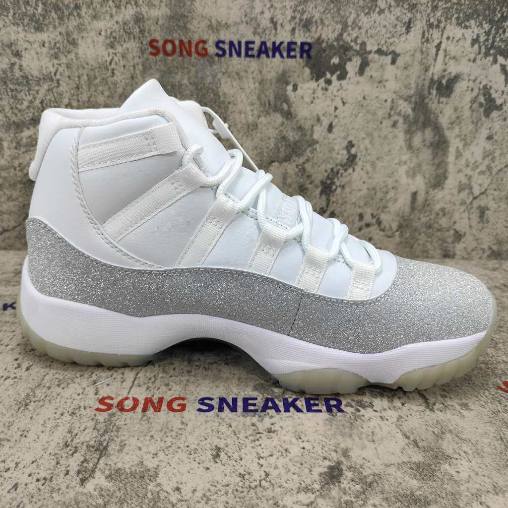 Air Jordan 11 High Retro White Metallic Silver (W)