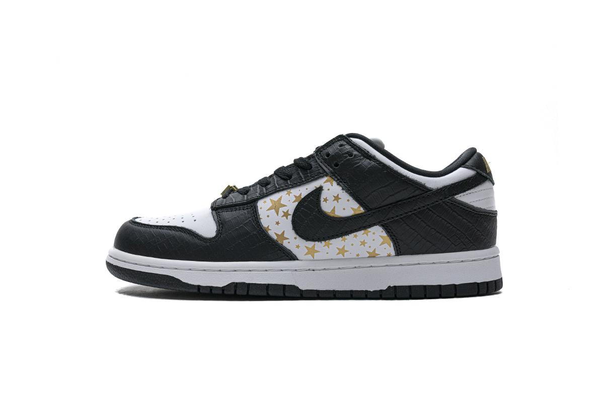 Nike SB Dunk Low Supreme Black