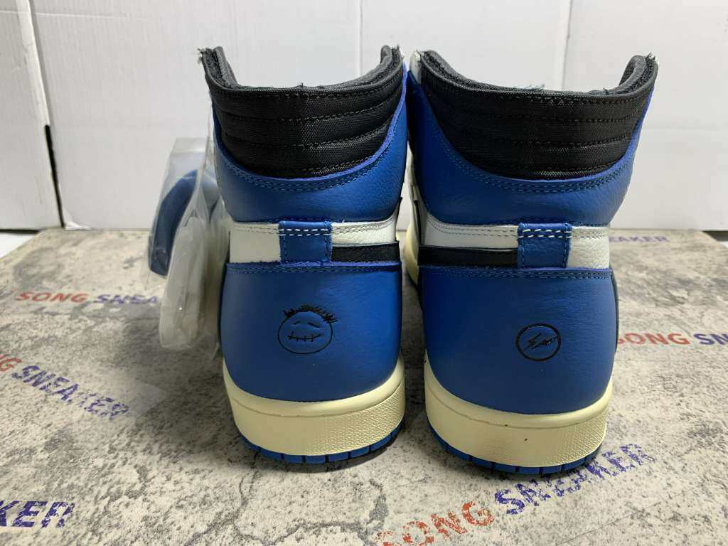 Air Jordan 1 x Travis Scott x Fragment Military Blue
