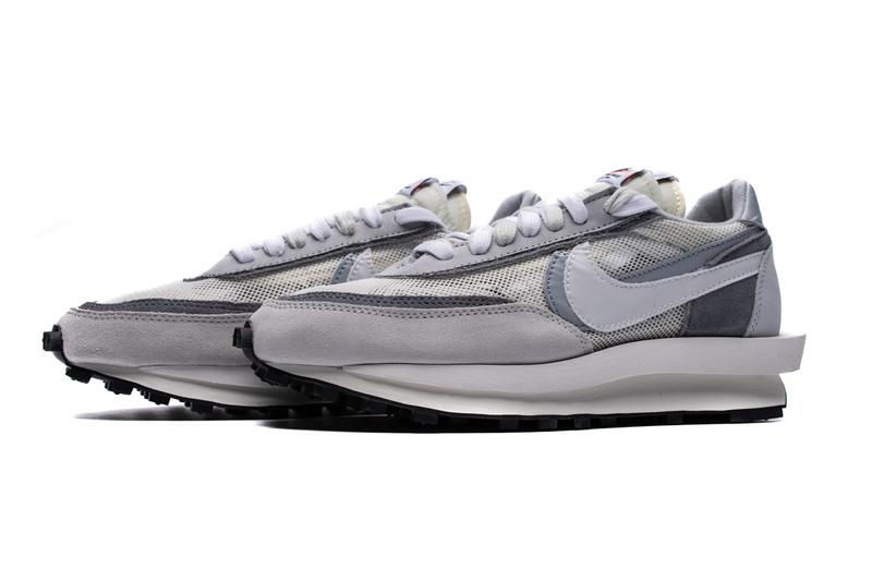 Nike LD Waffle sacai Summit White BV0073-100