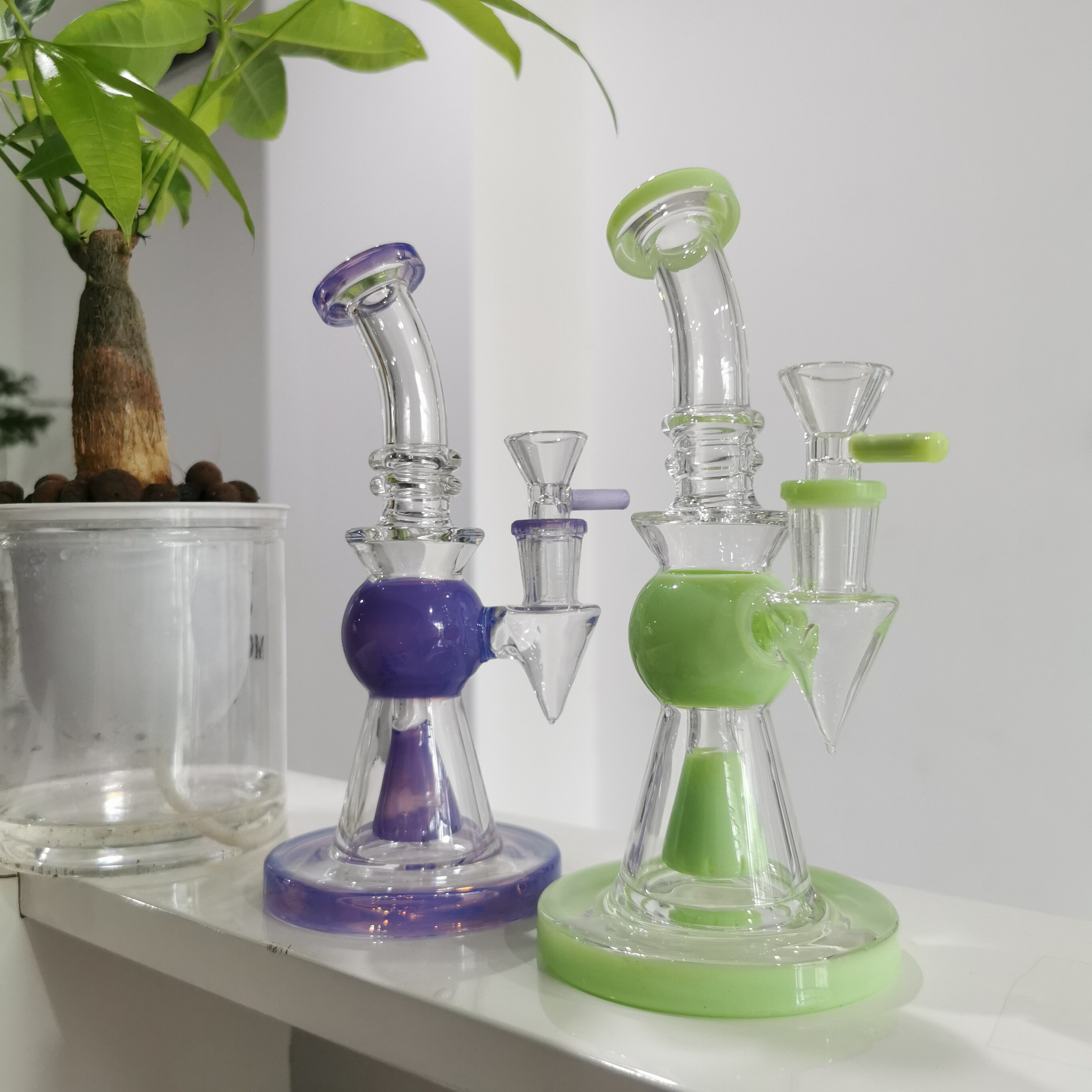 Showerhead Perc Water Pipes Pyramid Design Oil Dab Rigs 2021 Newest Heady Glass Bongs With Bowl
