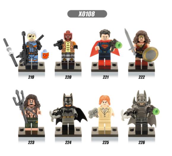 XINH Super Hero Figures X0108 Batman Superman Aquaman Red Hood Minifigures