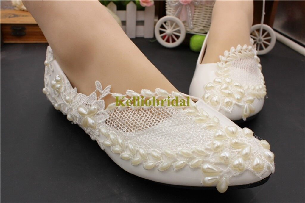 Beautiful Flat Wedding Shoes with Pearls and Lace 0