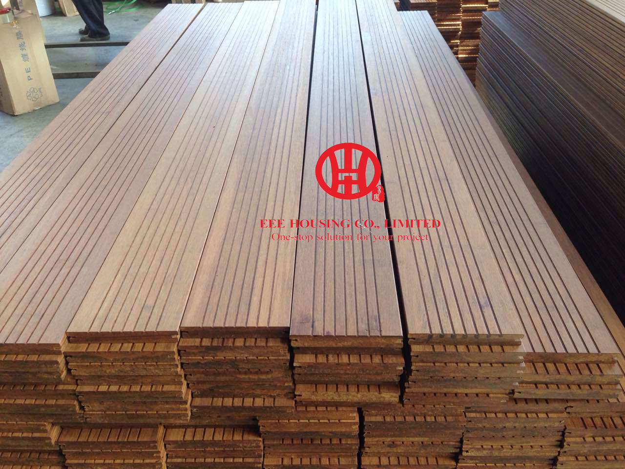 Outdoor bamboo decking for Bamboo flooring outdoor decking