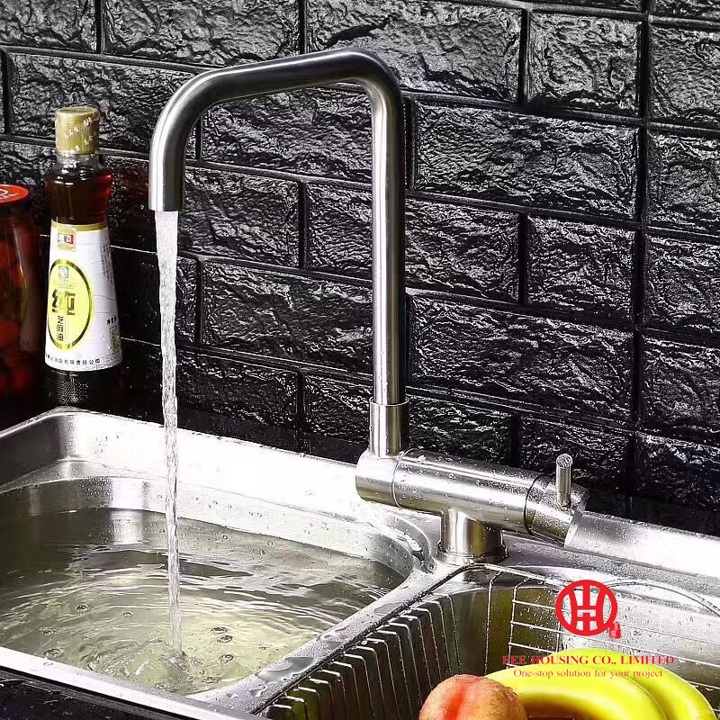 Flexible Kitchen Faucet 1