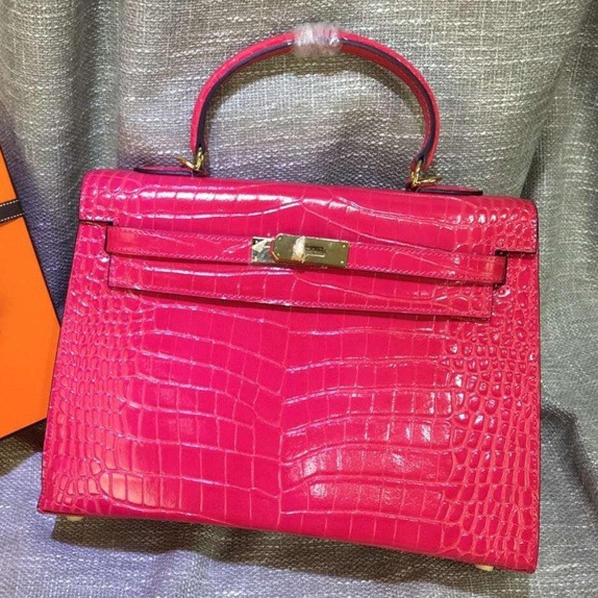 bb149612cd72 Hermes Kelly Handbag Cross Body Bag Crocodile Leather Golden Hardware  28 32cm Rose Red