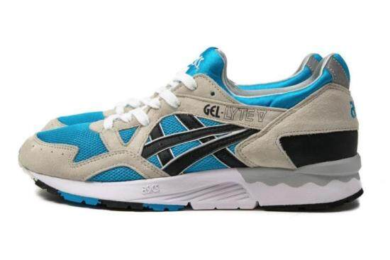 f2f91418c0f9 Asics GEL Lyte V Atomic Blue Sneaker