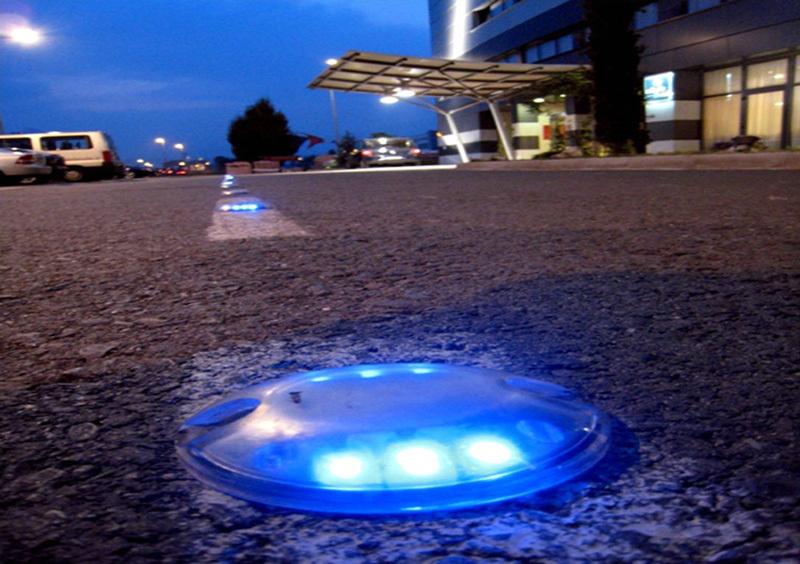 Solar Deck Lights /Night Safety Light-- SRS-13 3
