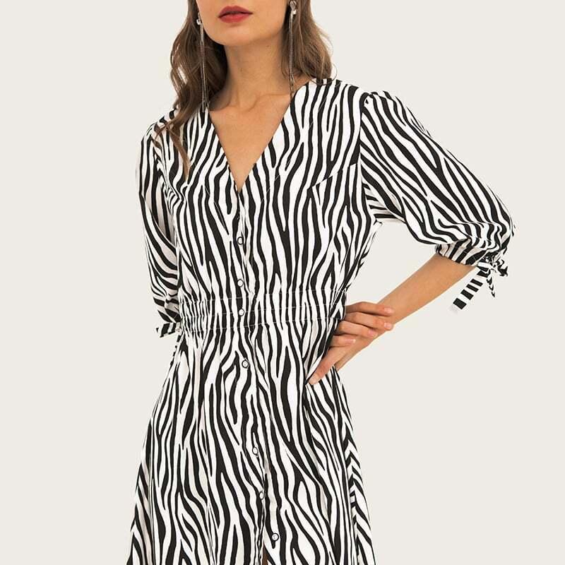 Women's deep-v neck stripe color madi dresses 4