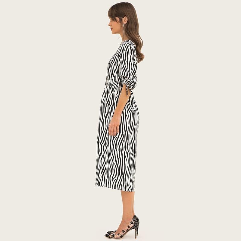 Women's deep-v neck stripe color madi dresses 3