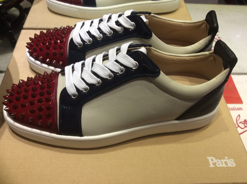 Wine Red Spikes Toe Low Top Lace