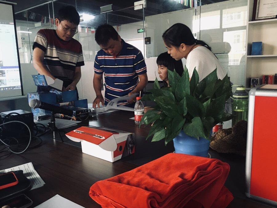 Welcome indonesia customer Mr jumadi chai to visit cardot company