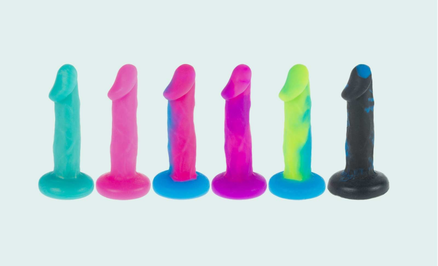 What Experts Want You to Know About Using Dildos