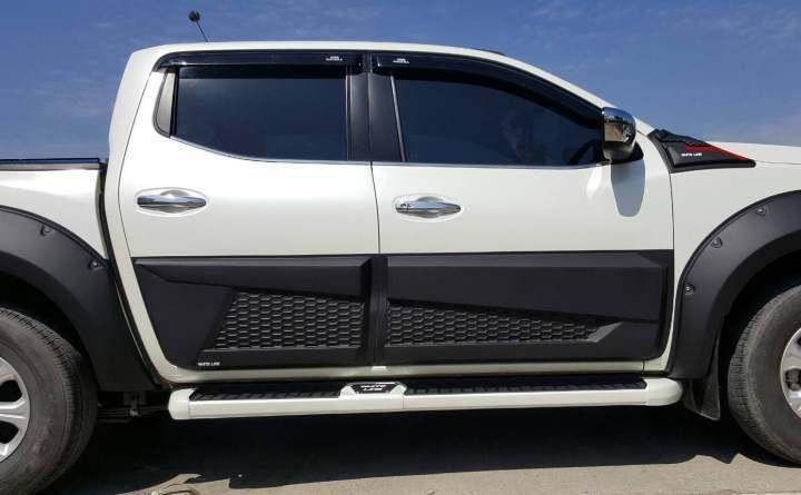 Nissan Navara Np300 BODY CLADDING