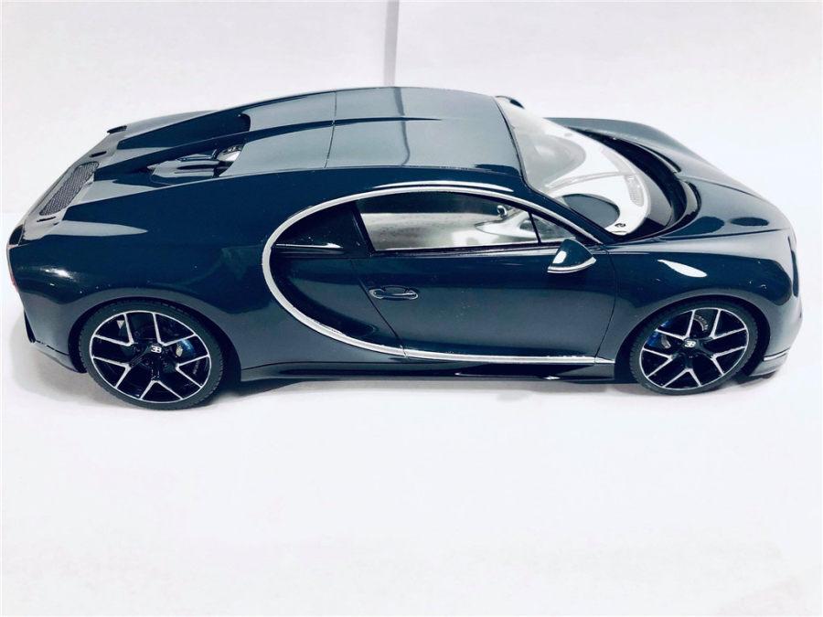 1/18 Bugatti Chiron Sports (Build by Lars Klijs)