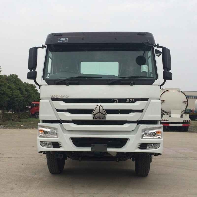 6 x 4 10 wheel 371HP Prime Mover And Trailer , SINOTRUK