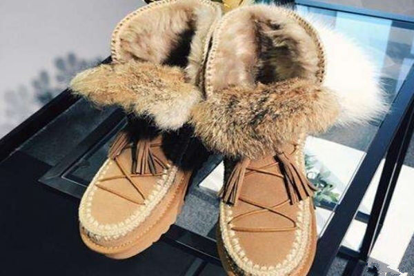 Will snow Boots go Through Looser?