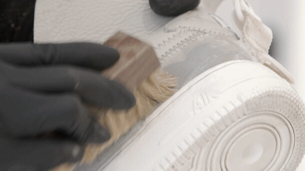 Insole and Special Materials Cleaning and Protection Methods